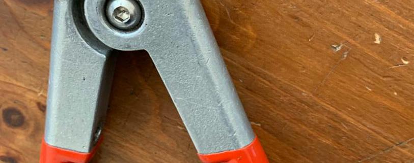 Industrie Mechanik Service Patrick Schlegel   Reparatur einer Presszange (Handarbeit)